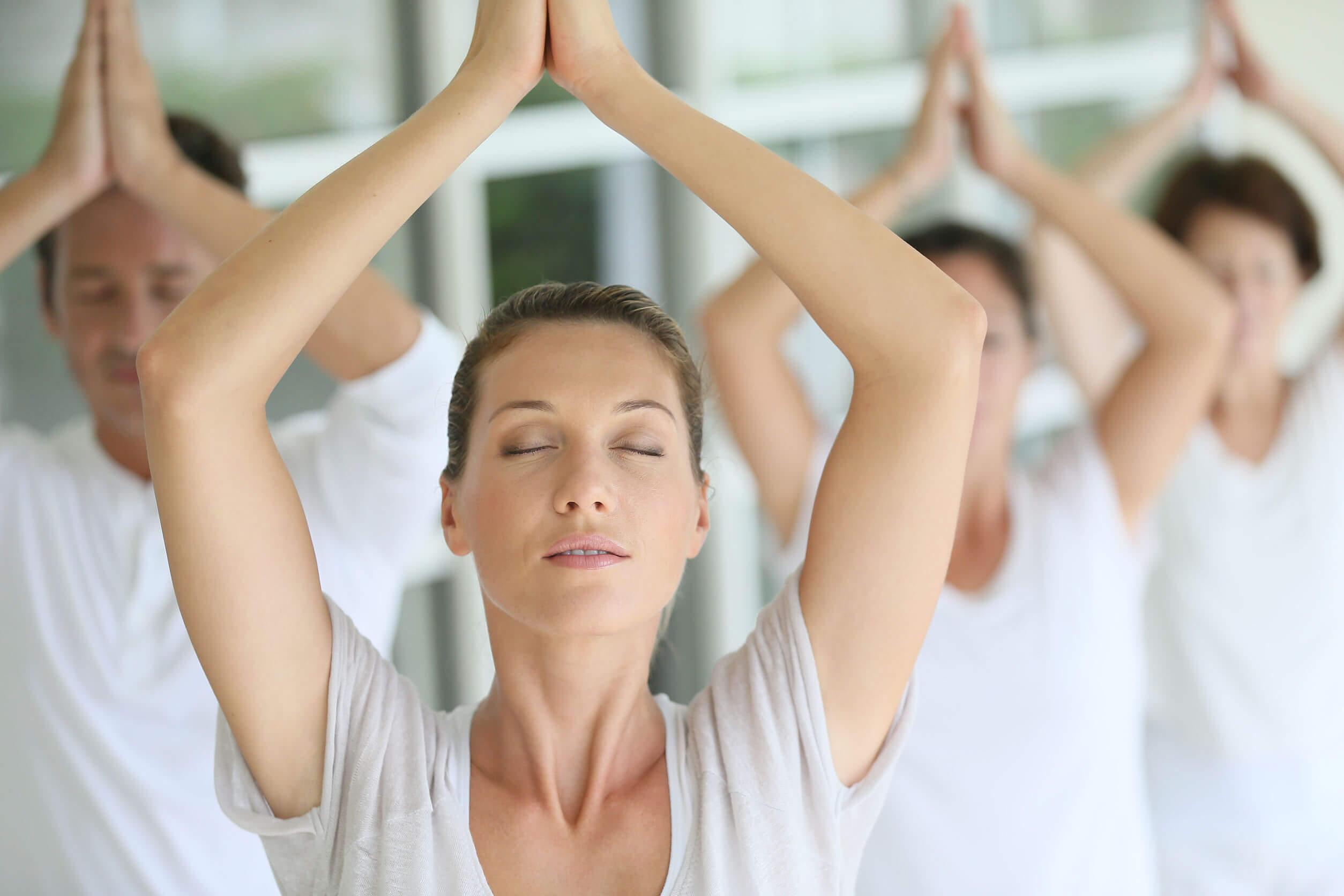 Respiración holotrópica y meditación.