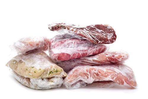 paquetes de carnes congeladas