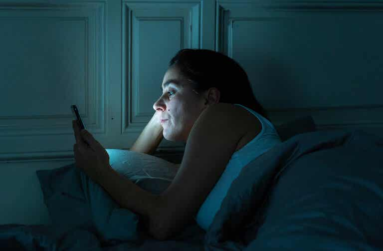 Insomnio tecnológico: ¿de qué se trata?