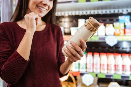 ¿Cómo elegir un yogur saludable?