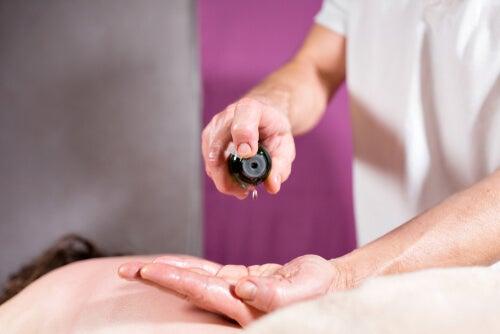 ¿Puedo calmar el dolor neuropático con aceites esenciales?