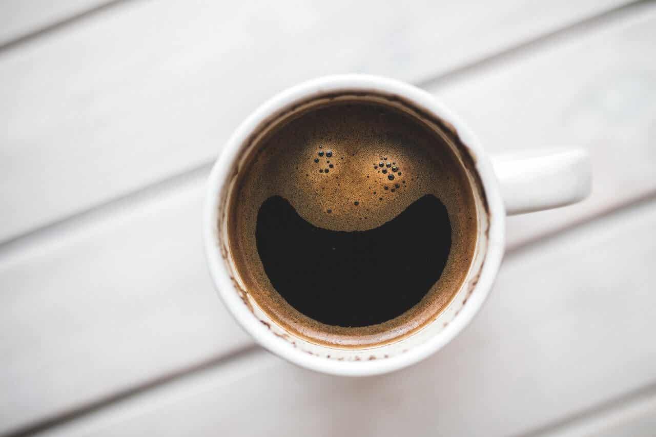 Cafeína es una droga estimulante.