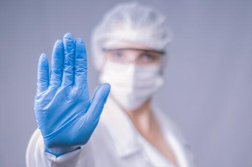 ¿Cuáles son 4 de las enfermedades infecciosas más frecuentes?