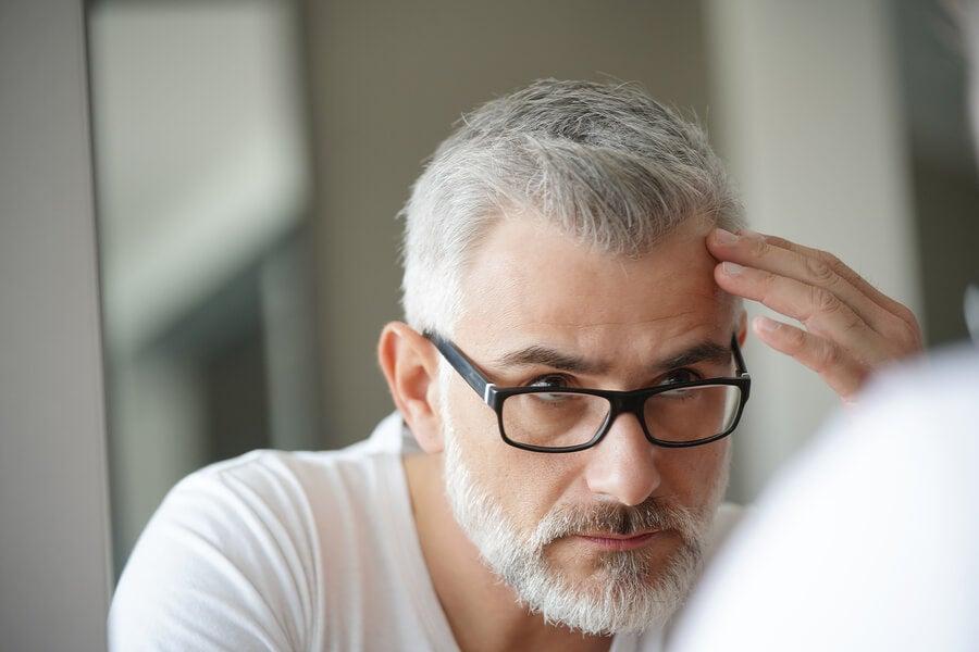 ¿Por qué nos salen canas si estamos estresados?