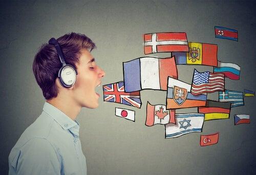 El bilingüismo protege de la demencia según un estudio