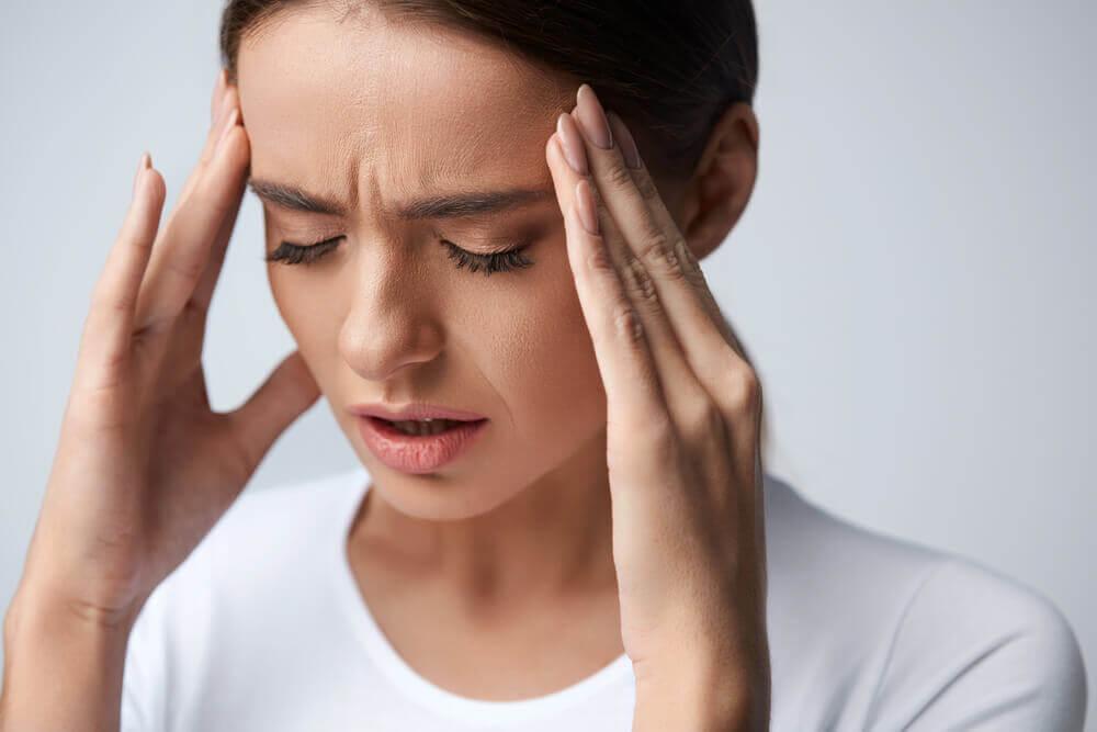¿Qué síntomas producen las migrañas oculares?