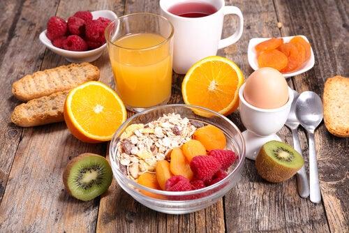 desayuno fuerte es desayuno saludable