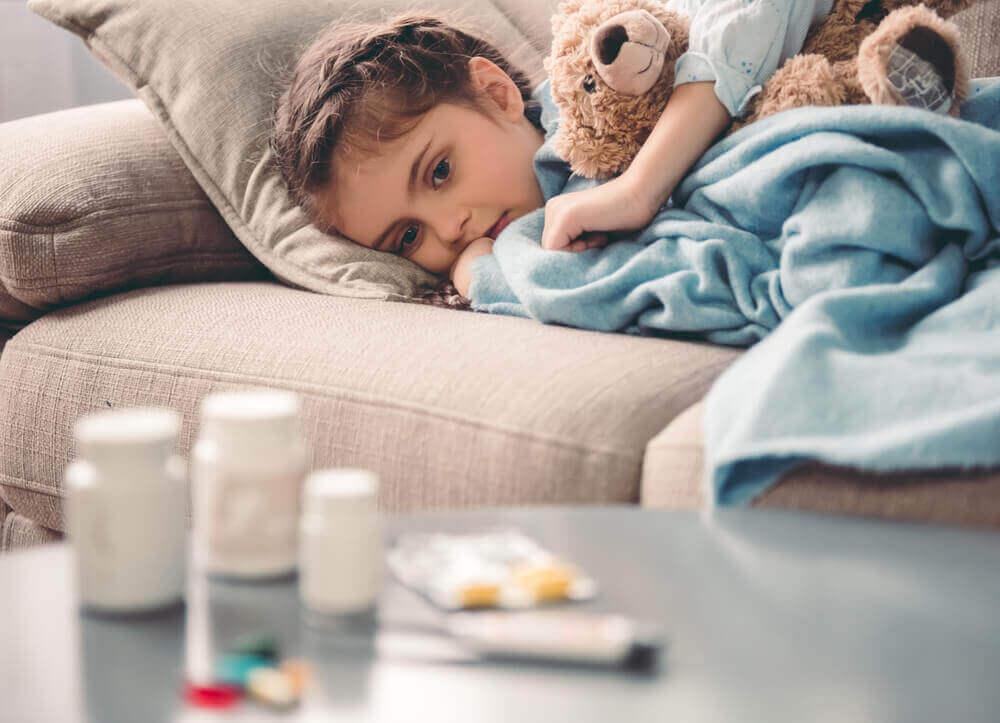 Medicamento para la fibromialgia en un niño.