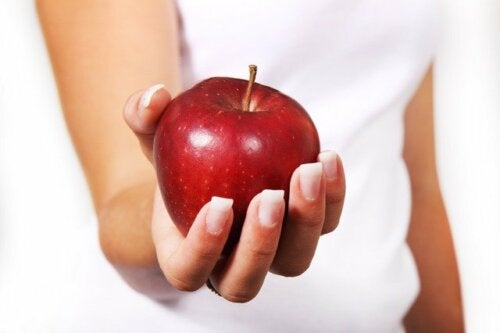 Manzana para cortar la diarrea de manera natural