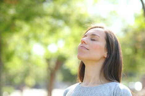 Aprender a respirar correctamente — Mejor con Salud