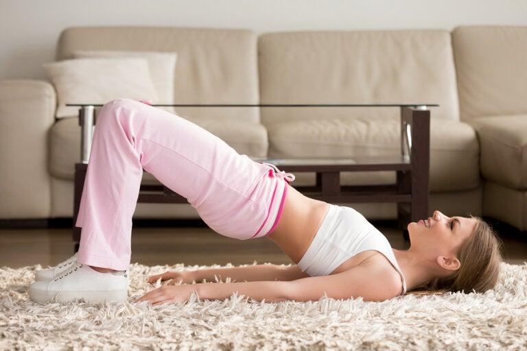 5 ejercicios para hacer en casa y mantenerte en forma
