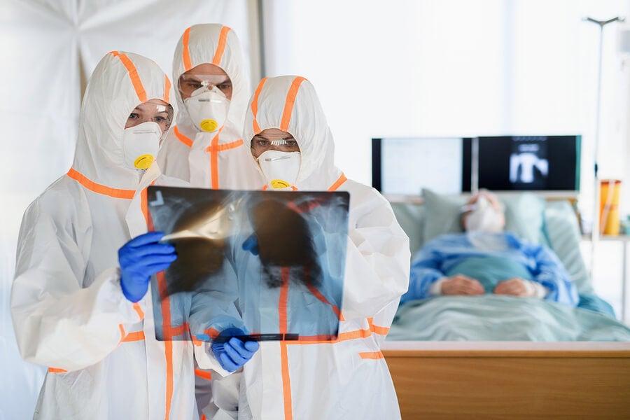 El descubrimiento de los coágulos en los pulmones