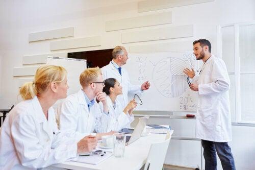 ¿Qué es un modelo epidemiológico?