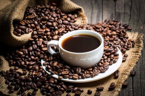 ¿Qué dice la ciencia sobre la cafeína?