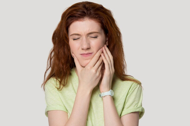 Síndrome de tensión temporomandibular