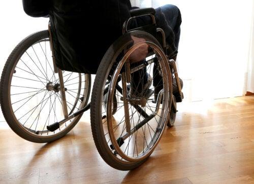 Primeros síntomas de la esclerosis lateral amiotrófica (ELA)