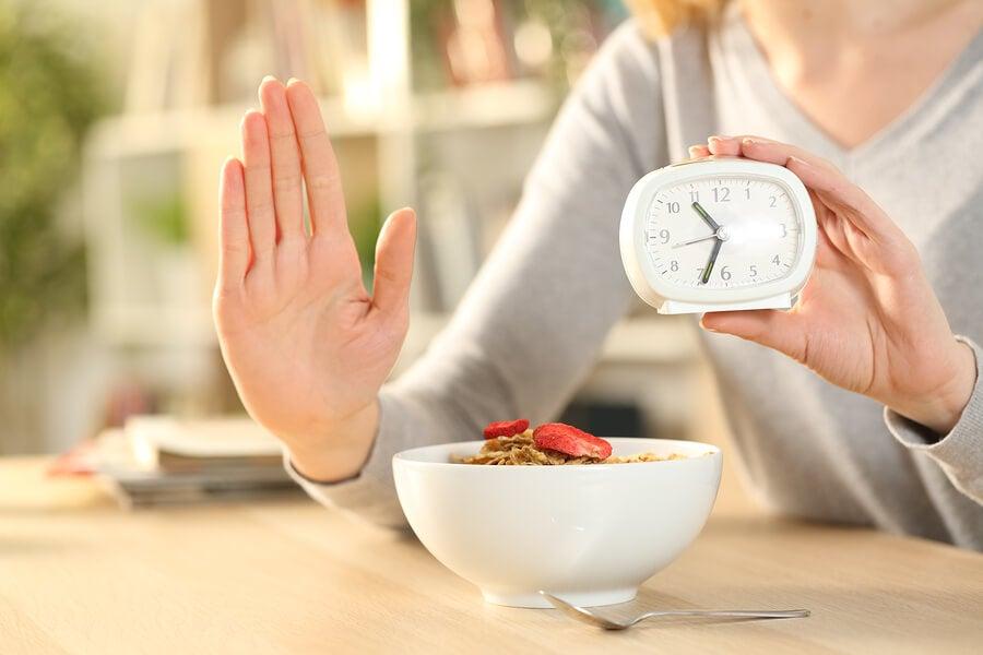 El ayuno intermitente y las enfermedades metabólicas
