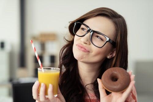 3 recomendaciones para reducir el azúcar en tu dieta