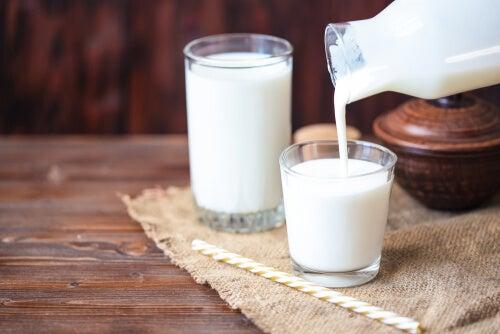 Los lácteos no ayudan a prevenir la pérdida ósea según estudios