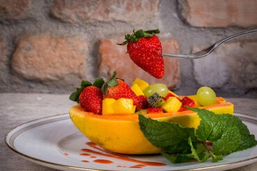 ¿Es cierto que las frutas engordan?