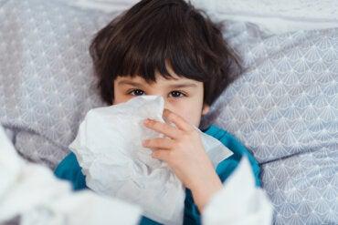 Cómo aliviar la sinusitis en niños con medicina natural