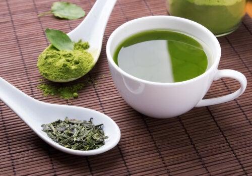 Té verde para cuidar el hígado