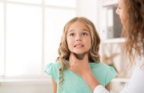 Amigdalitis en niños: ¿cómo tratarla?