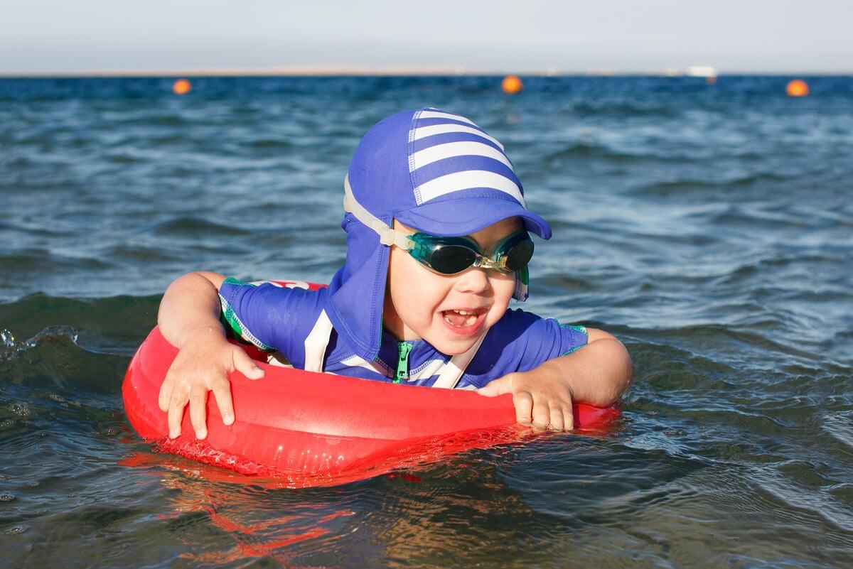 Ropa UV en niños