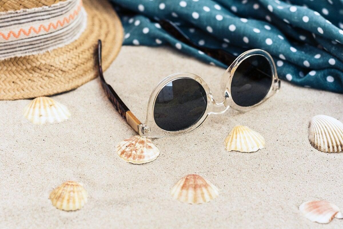 No usar gafas de sol es perjudicial.