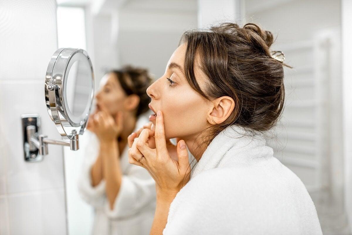 """¿Por qué salen arrugas y cómo prevenirlas"""""""