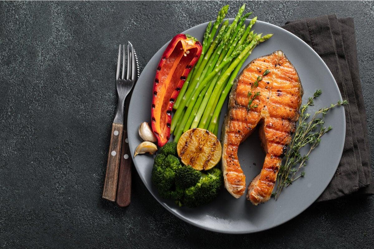 Menú con alimentos de la dieta cetogénica