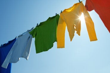 ¿La ropa nos protege del sol?