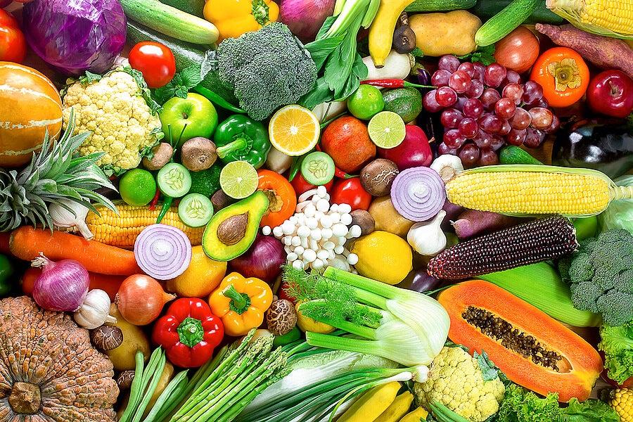 Las frutas y los vegetales son alimentos para mejorar la salud bucal