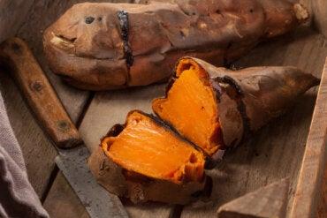 Cómo cocinar boniato, descubre las distintas formas de hacerlo