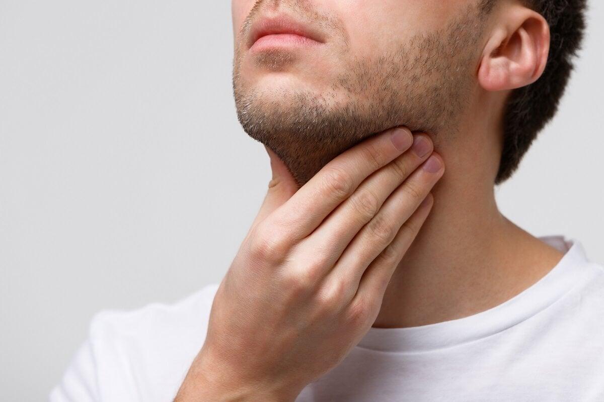 Causas de las cuerdas vocales inflamadas