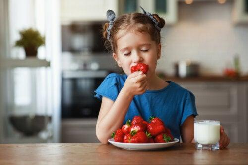 Las 3 frutas que debes consumir en verano