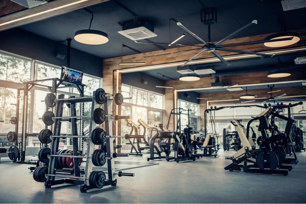Ejercicio estimula producción de testosterona.