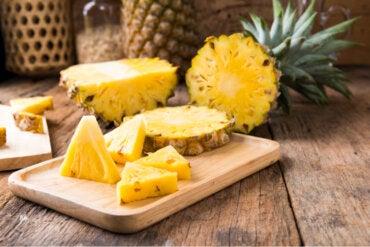 8 beneficios de comer piña habitualmente