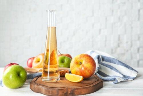 6 efectos secundarios del exceso de vinagre de manzana