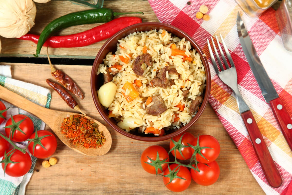 Dishes with bulgur wheat.