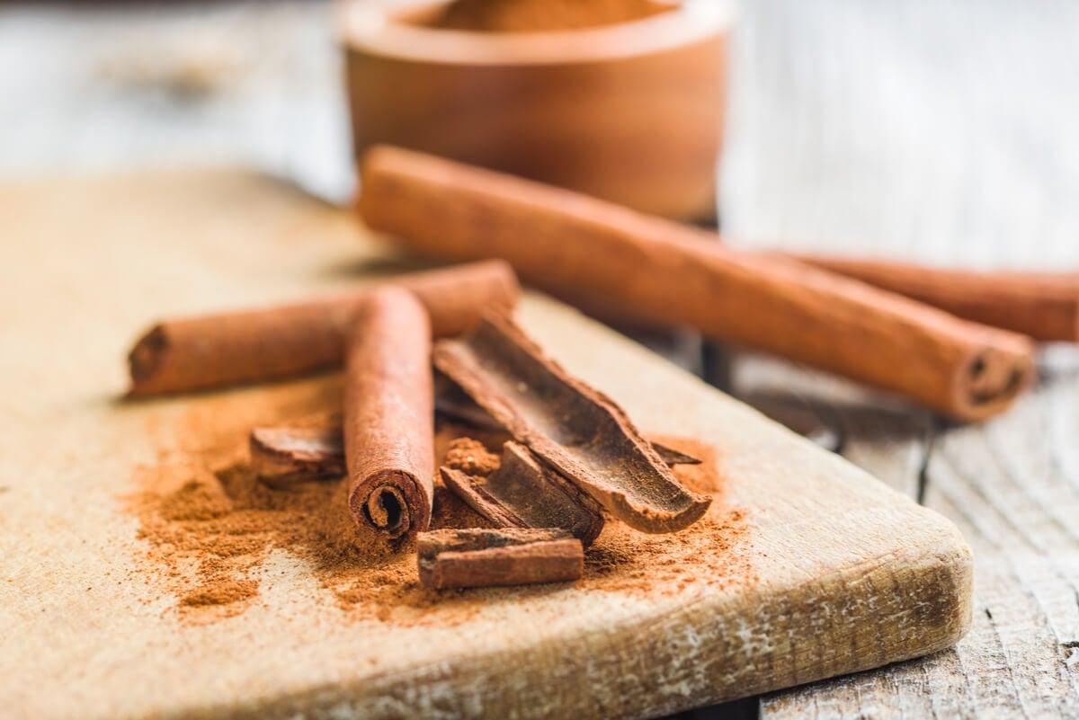 Side effects of cinnamon.