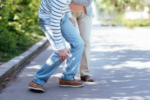 ¿Cuáles pueden ser las causas de debilidad en el cuerpo?