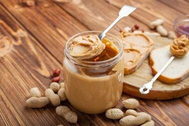 Receta para hacer mantequilla de cacahuete casera