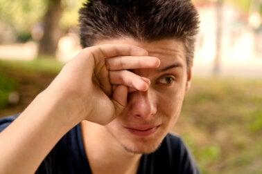 ¿Cuáles son las causas de los ojos llorosos?