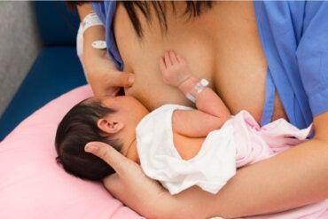 Piel con piel: una técnica esencial tras el parto