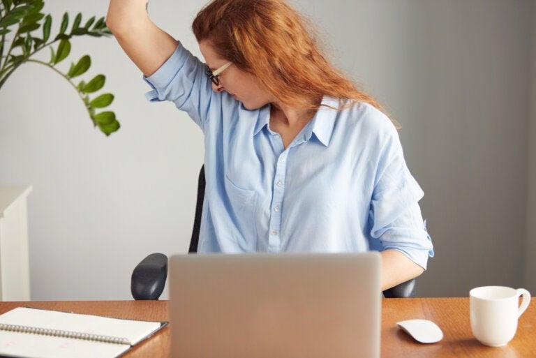 Olor corporal fuerte: ¿por qué sucede?
