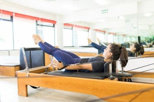 5 ejercicios de pilates para fortalecer el cuerpo