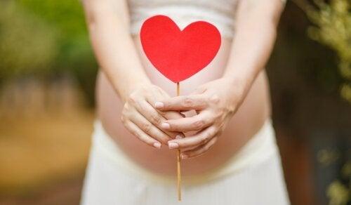 Atender las emociones durante el embarazo también es salud