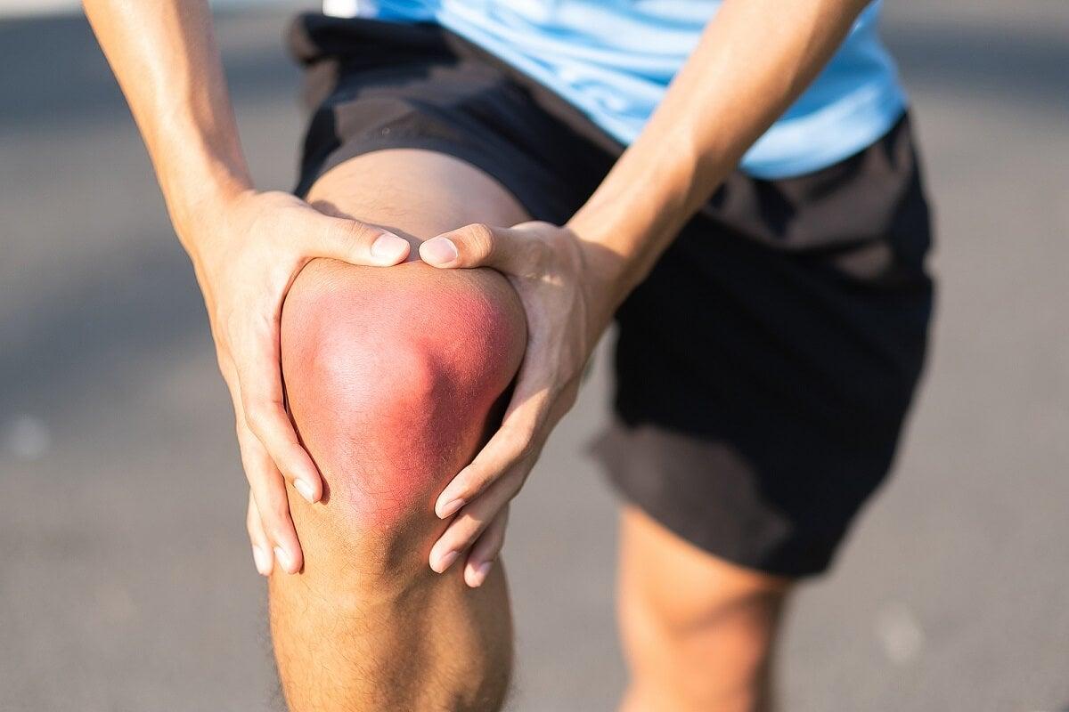 Esguince de rodilla: causas, síntomas y recomendaciones