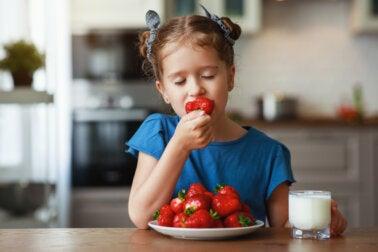 ¿Cuánta fruta se debe comer al día?